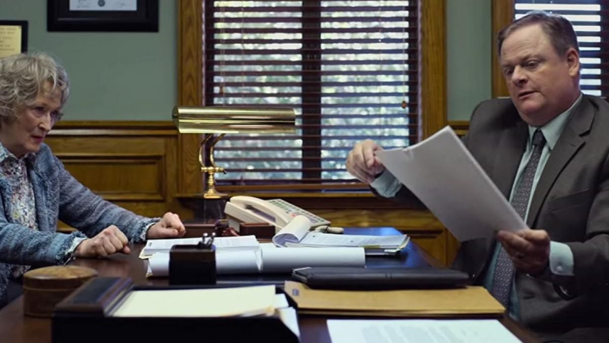 Ellen Martin (Meryl Streep) and her lawyer (Larry Clarke) are one a paper chase in Steven Soderbergh's The Laundromat.