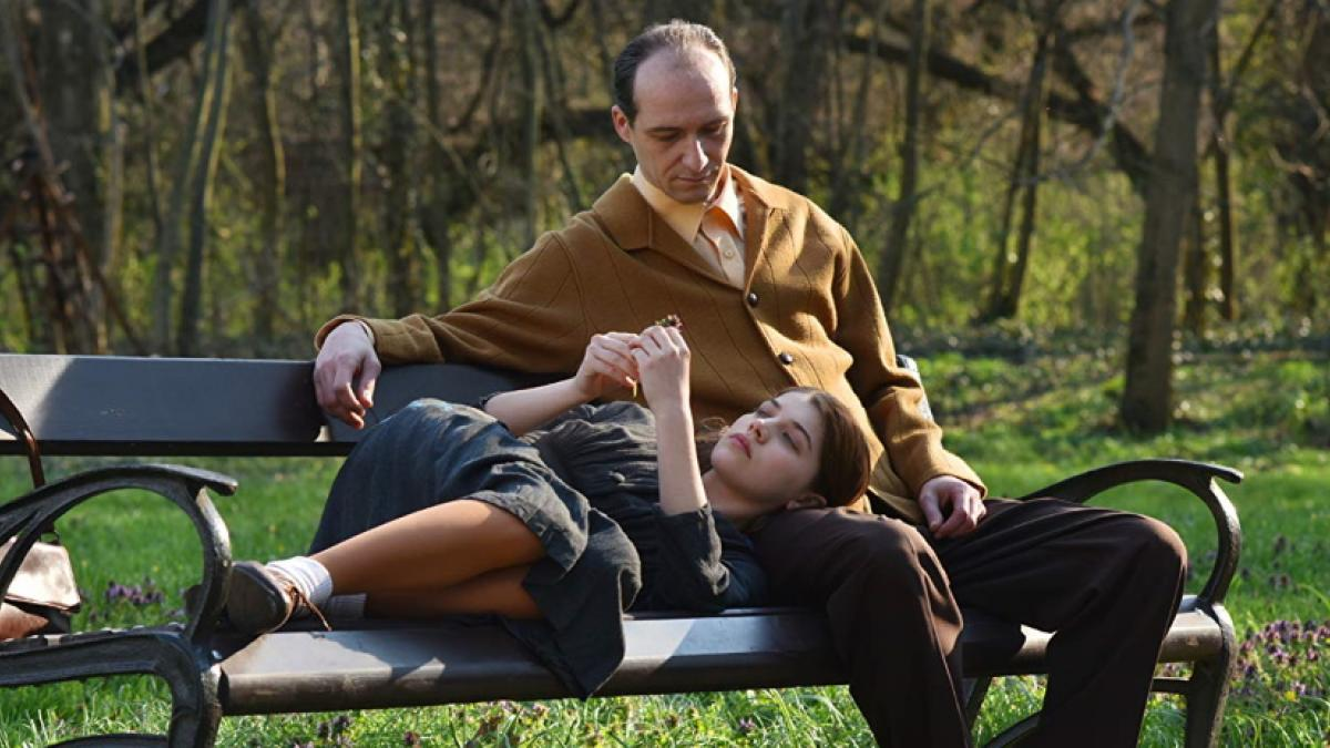 Middle-aged physician Aladár (Károly Hajduk) and 16-year-old Klára (Abigél Szõke) struggle through their grief together in Barnabás Tóth's Those Who Remained.