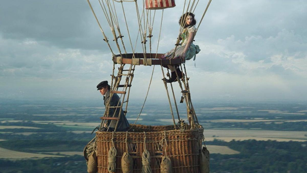Amelia Wren (Felicity Jones, right) and James Glaisher (Eddie Redmayne) are flying high in Tom Harper's 'The Aeronauts'.