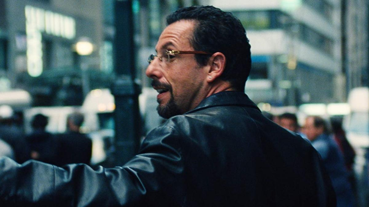 Jewelry dealer Howard Ratner (Adam Sandler) is scrambling to keep his head above water in Benny and Josh Safdie's 'Uncut Gems'.