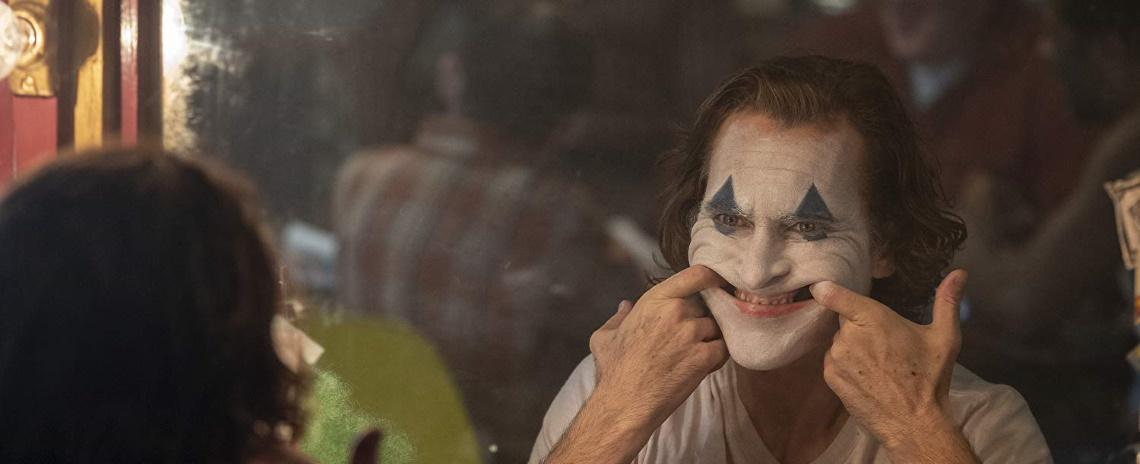 Authur Fleck (Joaquins Phoenix) is a very sad clown in Joker.